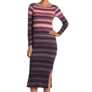 Long Sleeve Striped Dress w/elbow cut outs 🖤
